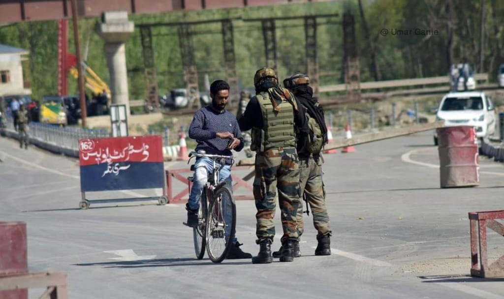 Highway closure: Another day of great despair, fear in Kashmir